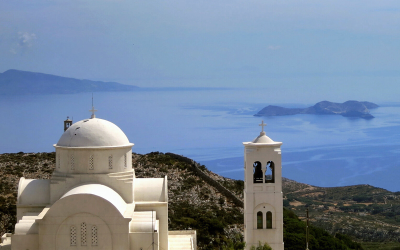 the i-escape blog / Which greek islands are best for families / Cyclades