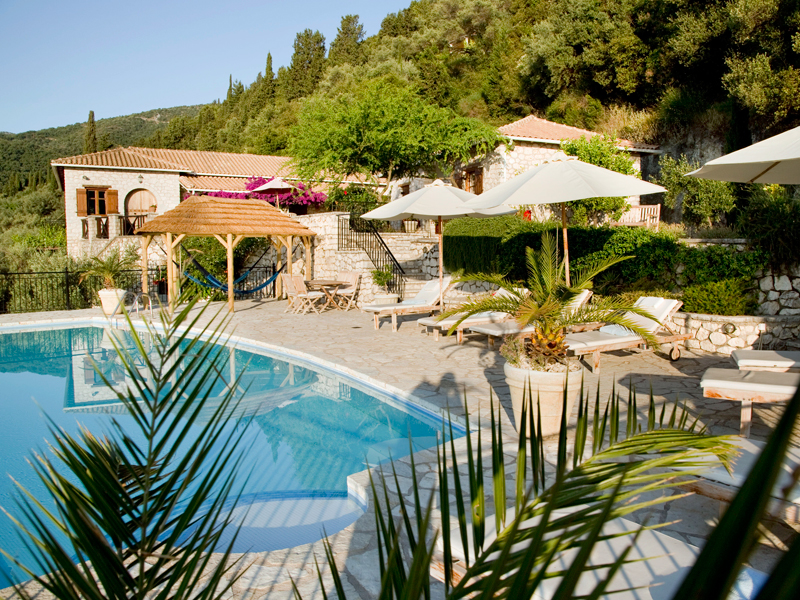 the i-escape blog / Which greek islands are best for families / The stone house