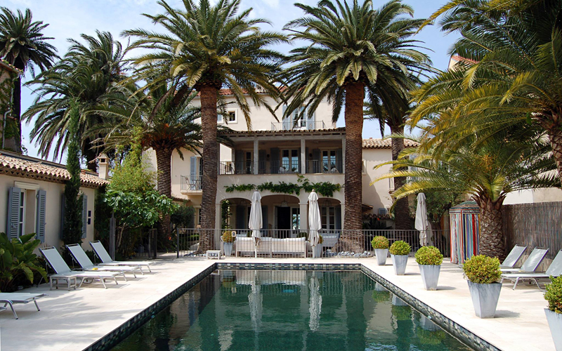 the i-escape blog / Our favourite holidays by Eurostar / Hotel Pastis, St Tropez