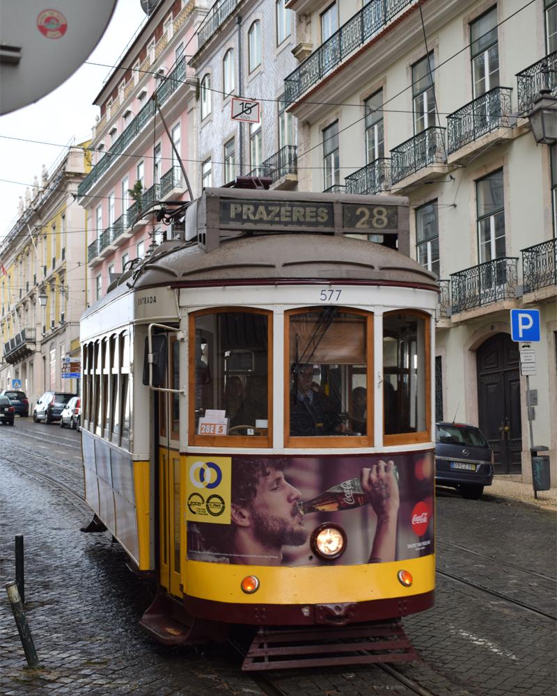 the i-escape blog / a portuguese road trip / lisbon tram