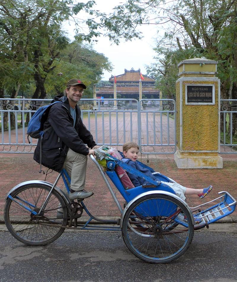 the i-escape blog / Great journeys: vietnam by train / Rickshaw tour