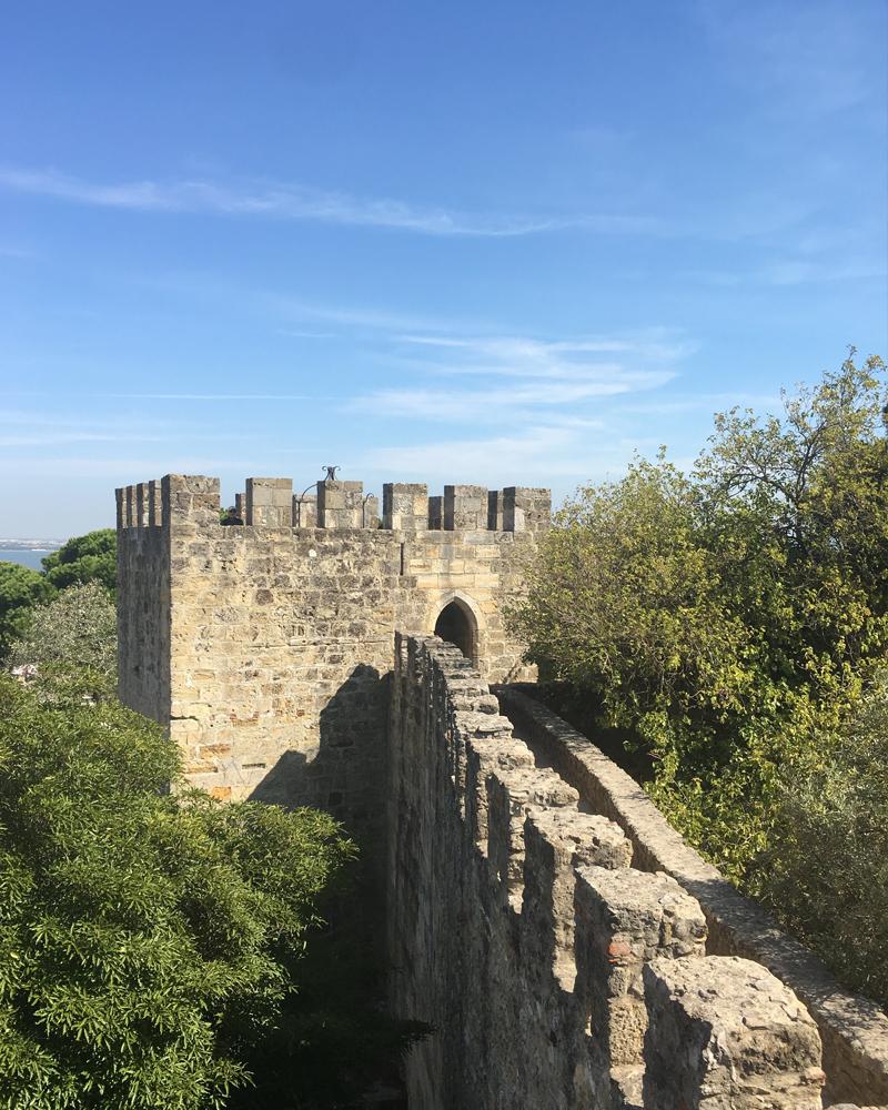 the i-escape blog / a portuguese road trip / sao jorge castle