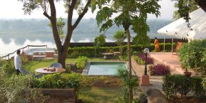 the i-escape blog / wild swimming and stylish stays / Ahilya Fort