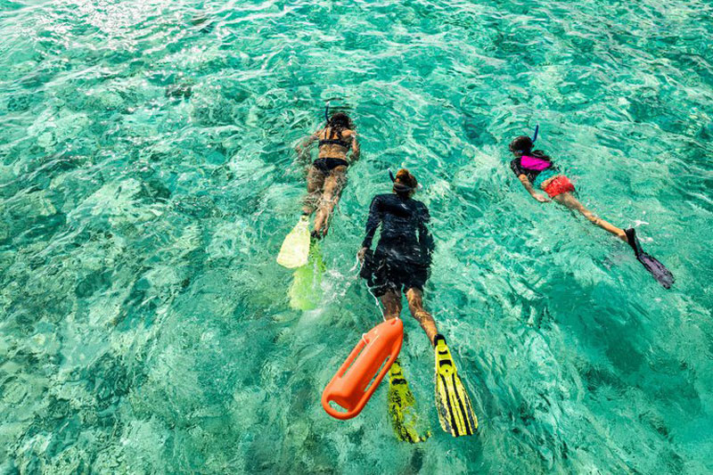 the i-escape blog / 6 stunning retreats for underwater adventures / Como Cocoa Island