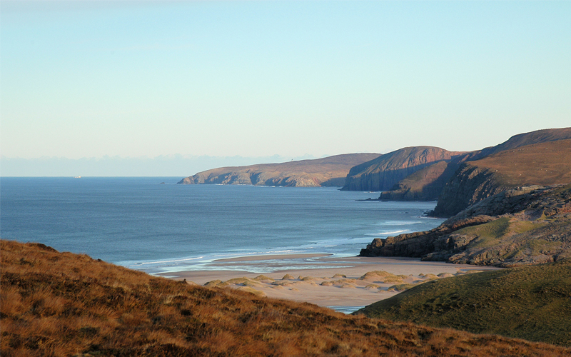 the i-escape blog / European holidays with amazing wildlife / Cape Wrath from path to Sandwood Bay