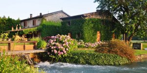 the i-escape blog / wild swimming and stylish stays / la finestra sul fiume