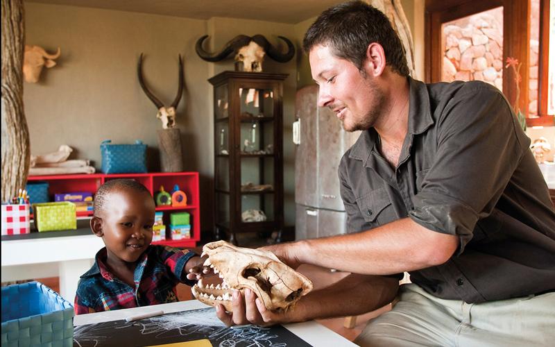 i-escape blog / Up close animal encounters for families / Madikwe Safari Lodge