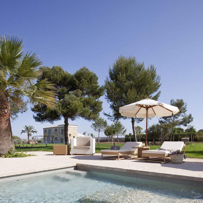 The i-escape blog / Discover the real Love Island: 8 romantic Mallorca hideaways / Font Santa Hotel