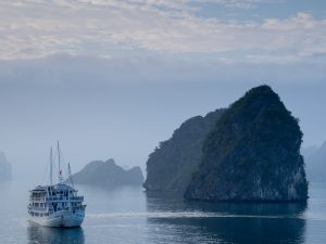 The i-escape blog / Escape to Vietnam: what to know before you go / Halong Bay