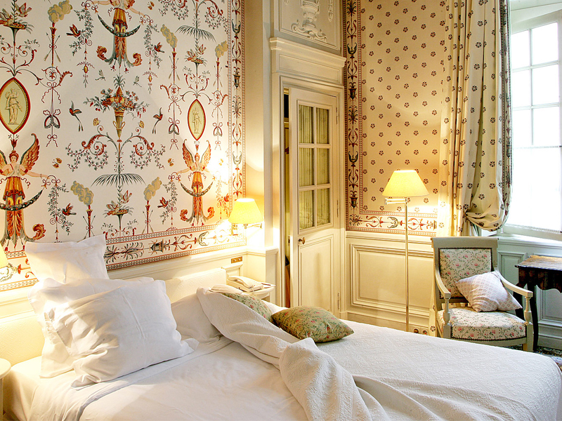 The i-escape blog / Grande Dames: 9 fabulous reasons you should stay at a historic hotel / La Mirande