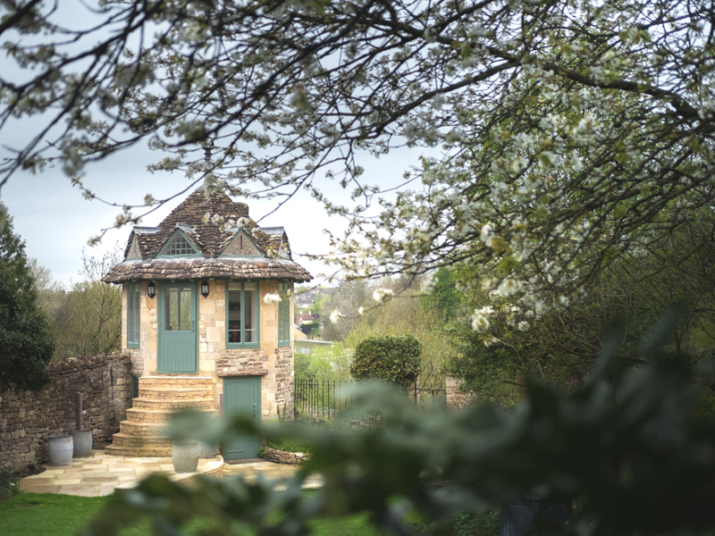 The i-escape blog / 8 stylish retreats for a late-summer staycation / The Old Bell