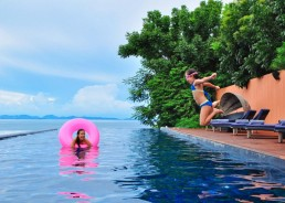 The i-escape blog / Our junior reviewers say let's splash