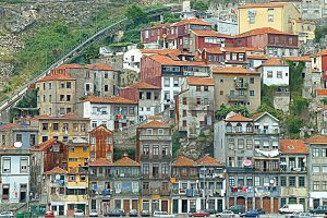 the i-escape blog / What's so cool about Porto? / Ribeira