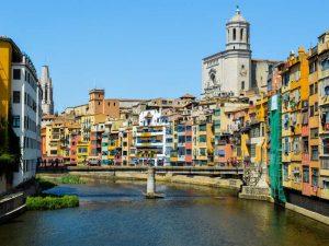 The i-escape blog /The last days of annual leave: 9 brilliant breaks / Girona