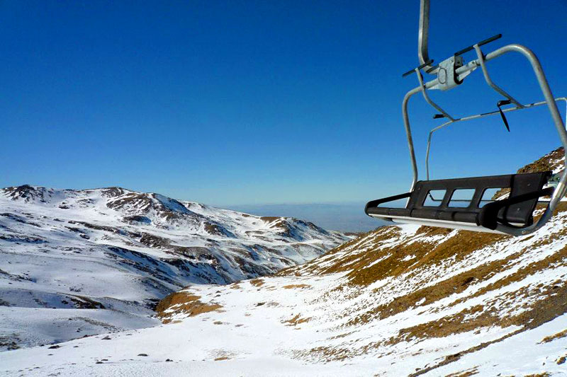 the i-escape blog / Why to choose Spain's Sierra Nevada for your next ski holiday