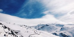 The i-escape blog / Why you should choose the Sierra Nevada mountains for your next ski holiday / Sierra Nevada National Park in the snow