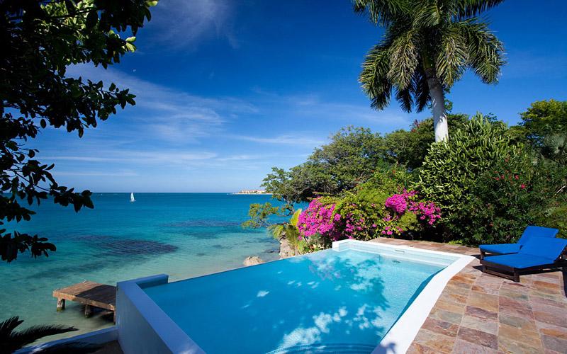 i-escape blog / 10 luxury super-size villas from £23 a night! / Culloden Cove