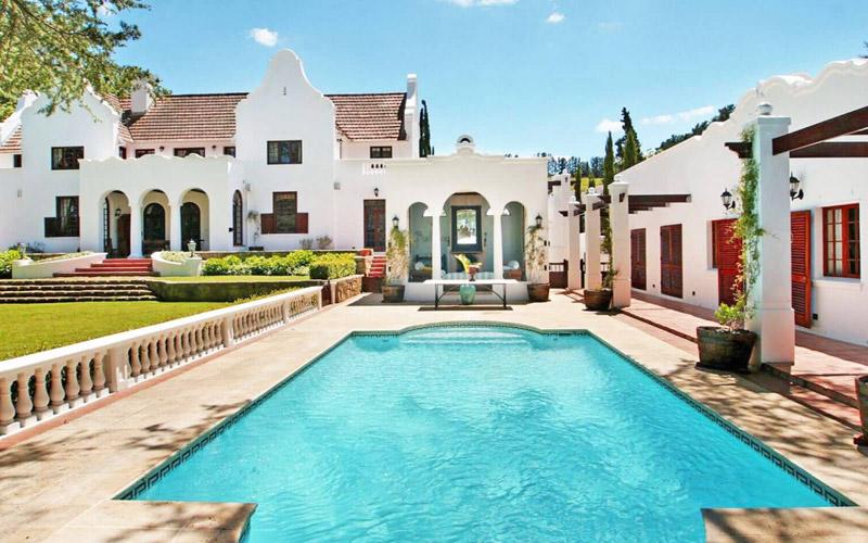 i-escape blog / 10 luxury super-size villas from £23 a night! / Stellenbosch Luxury Villa