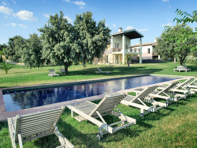 i-escape blog / 10 luxury super-size villas from £23 a night! / The Lodge Ronda