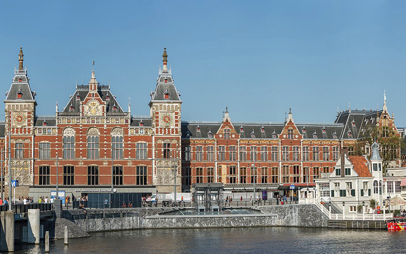 i-escape blog / Amsterdam with Kids / Amsterdam Centraal Station