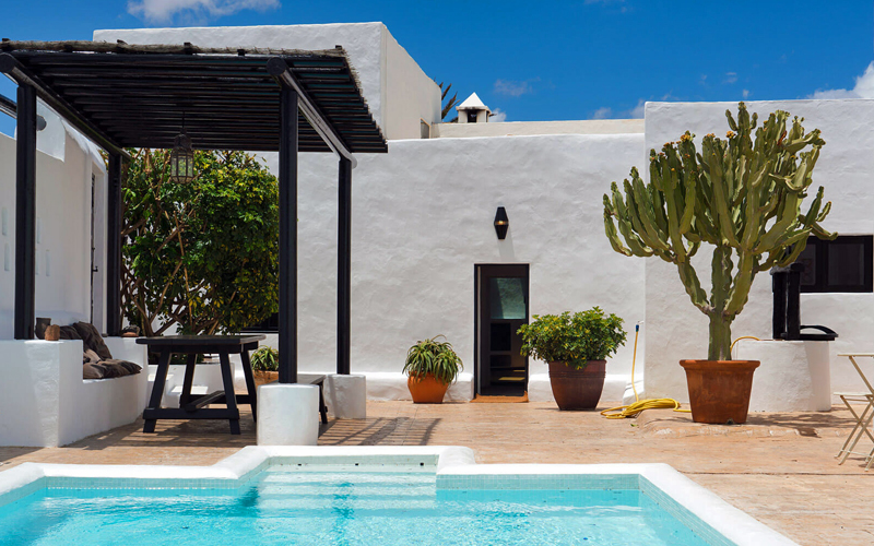 i-escape blog / Which Canary Island is Best for Families / Villa Guatiza