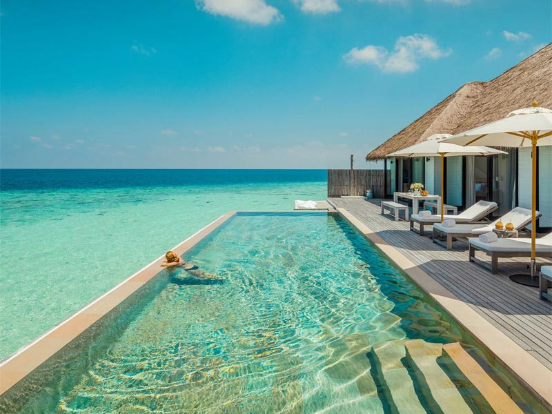 the i-escape blog / 8 Ultimate Honeymoon Islands / Como Maliifushi