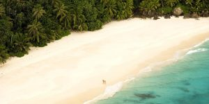 the i-escape blog / 8 Ultimate Honeymoon Islands
