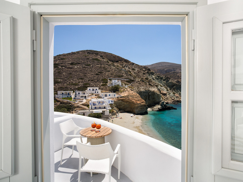 The i-escape blog / An insider's guide to Folegandros: sunsets, snorkelling and romance / Blue Sand Boutique Hotel
