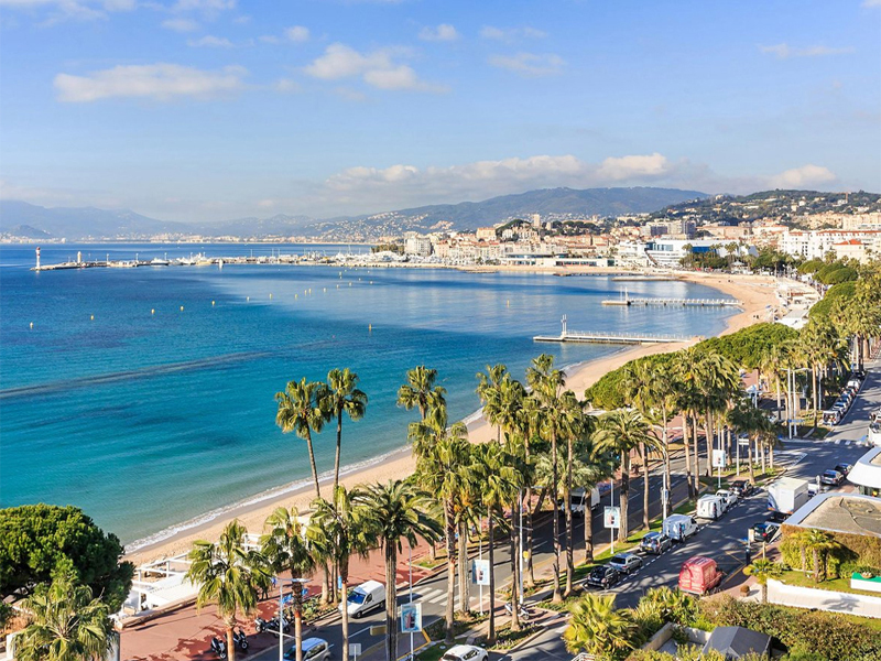 The i-escape blog / The 10 best-city-beaches-in-europe / Cannes