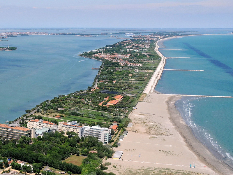 The i-escape blog / The 10 best-city-beaches-in-europe / Hotel Villa Pannonia