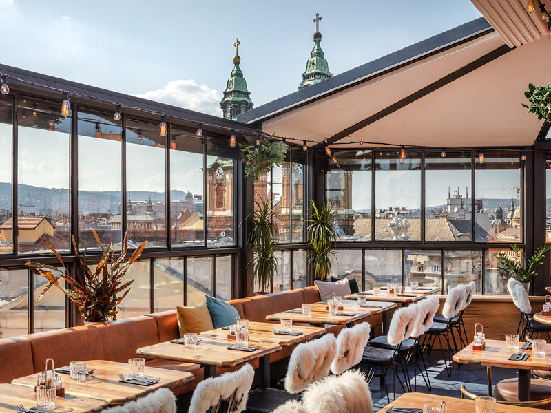 The i-escape blog / 11 European hotels with knockout rooftop views / Hotel Rum