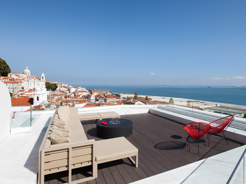 The i-escape blog / 11 European hotels with knockout rooftop views / Memmo Alfama