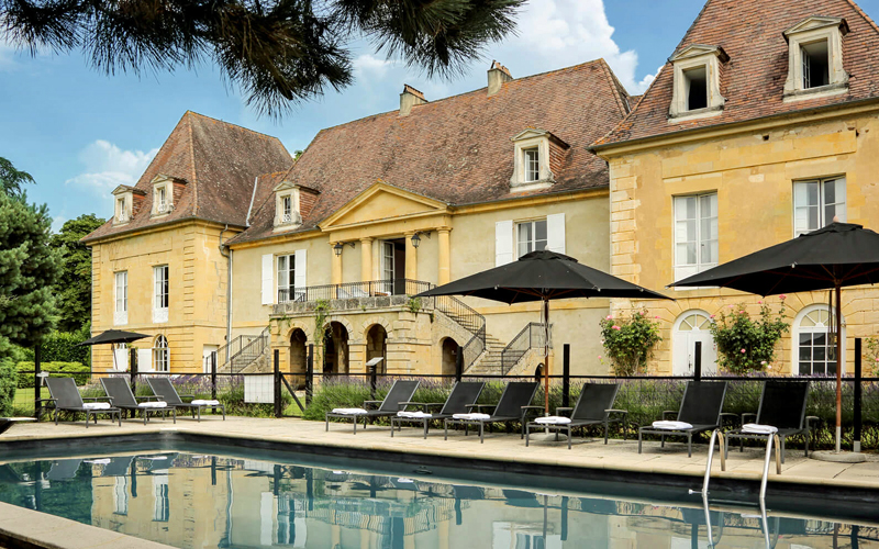 The i-escape blog / Summer in France: 8 secret family-friendly hideaways / Chateau les Merles