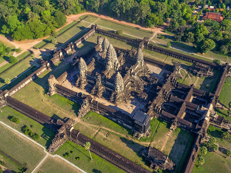 The i-escape blog / 7 Extraordinary Adventures for your Bucket List / Tailormade Tours Cambodia
