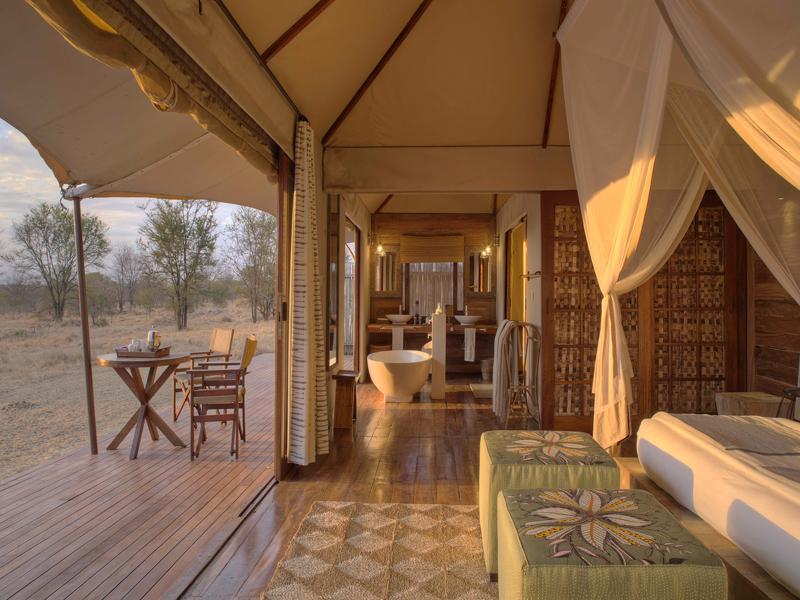 i-escape blog / Luxury hotel bathtubs with spectacular views / Sayari Camp Tanzania