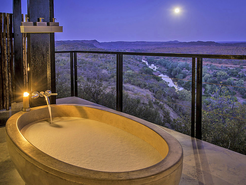 i-escape blog / Luxury hotel bathtubs with spectacular views / The Outpost South Africa