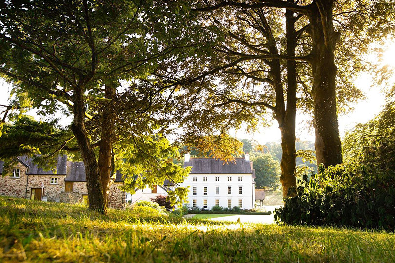 the i-escape blog / Great British summer escapes: 10 magnificent country-house retreats / Grove of Narberth