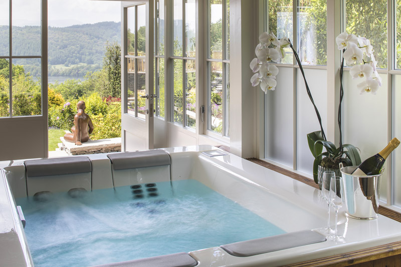 the i-escape blog / Great British summer escapes: 10 magnificent country-house retreats / Linthwaite House Hotel
