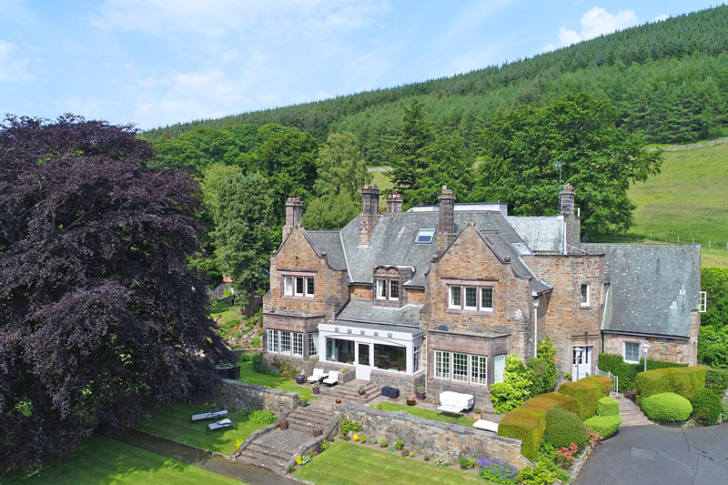 the i-escape blog / Great British summer escapes: 10 magnificent country-house retreats / Windlestraw