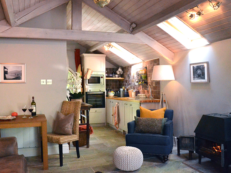 the i-escape blog / 10 UK house rentals and cottages for Christmas 2019 / The Boathouse at Knotts End