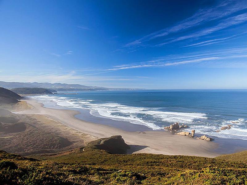 the i-escape blog / A guide to Asturias / Playon de Bayas in Castrill
