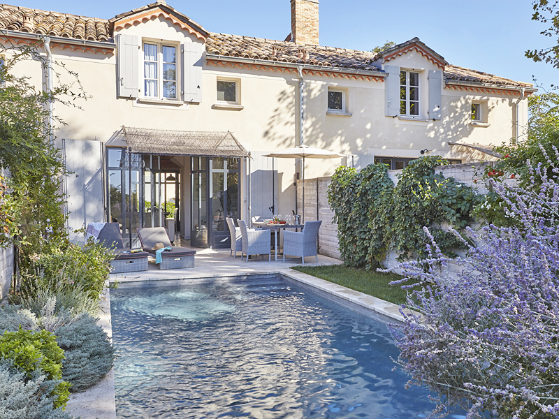 the i-escape blog / Summer Rentals to Book ASAP for 2020 / Chateau Les Carrasses