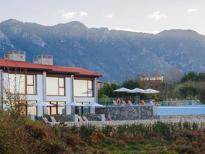 the i-escape blog / A guide to Asturias / Bufones de Pria Apartments