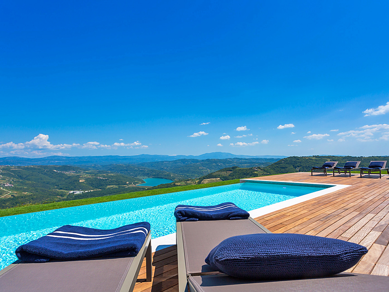 The i-escape blog / Sell-out summer: European hideaways you need to book now / Istria Design Villa