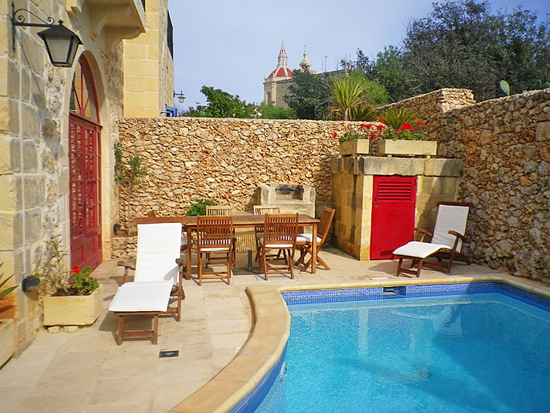 The i-escape blog / Sell-out summer: European hideaways you need to book now / Xaghra Farmhouse