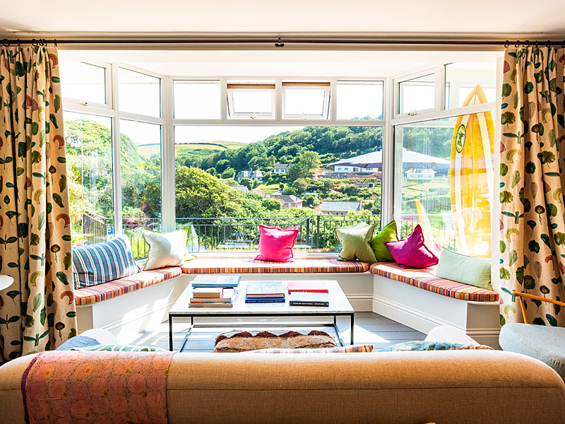the i-escape blog / 10 family summer holidays in the UK / Hope Cove House