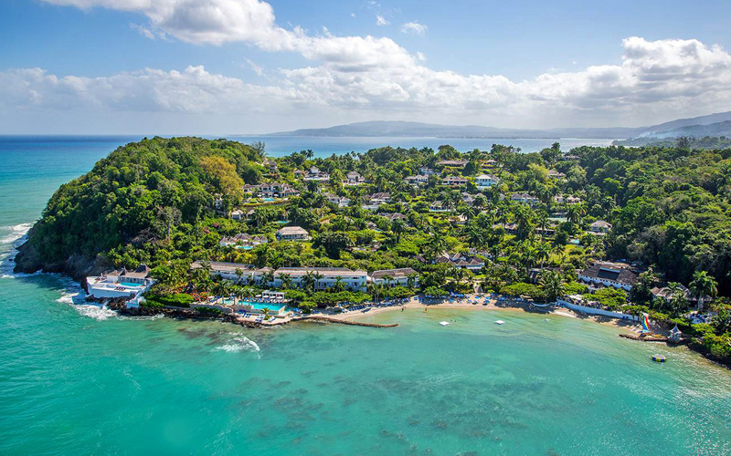 i-escape blog / Favourite Family Beach Hotels / Round Hill Hotel & Villas