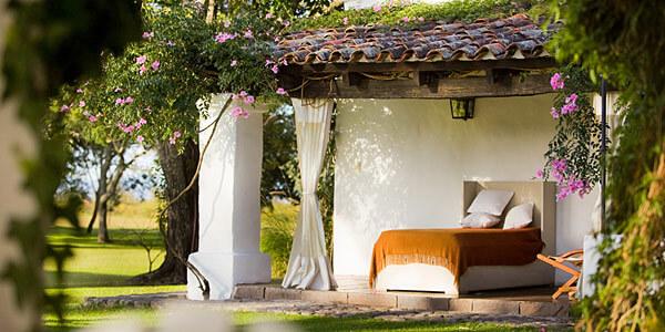 House of Jasmines, Argentina