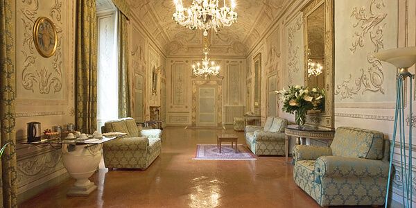 Palazzo Magnani Feroni, Italy