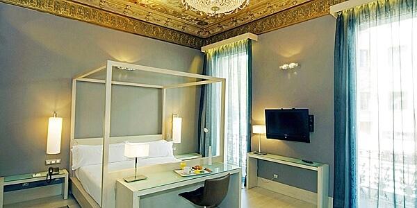 Hotel Actual, Spain